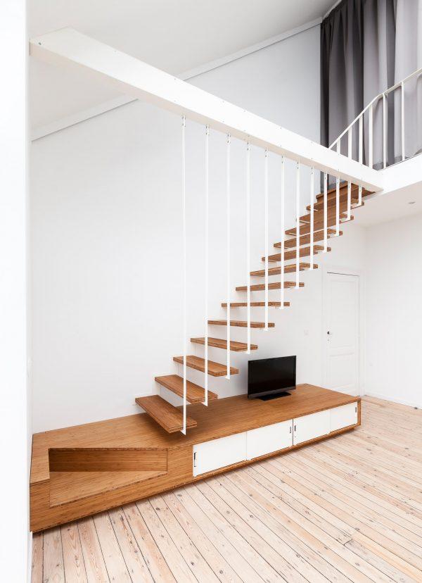 escalera de madera up